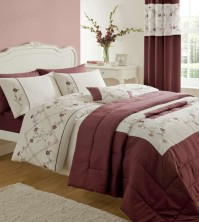 Caitlyn Red Duvet Cover Set Super King 