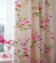 canterbury-red-pencil-pleat-curtains.jpg