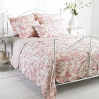 Canterbury Tales Pink Bedspread King Size
