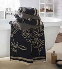 Ellie Jacquard Black Bath Towel