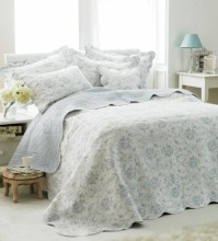 Etoile Blue Floral King Size Bedspread