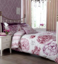 Ilona Bloom Plum Duvet Cover Set, King Size