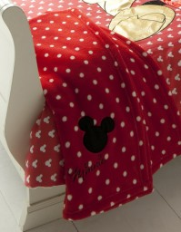 Minnie Mouse Oh My Fleece Throw