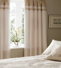 royal-manor-pencil-pleat-curtains.JPG
