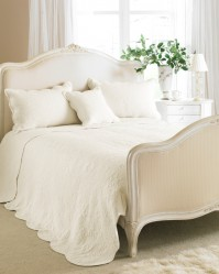 Toulon Cream Bedspread Double