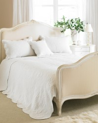 Toulon White Bedspread King Size