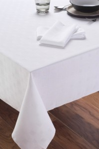 Vienna White Tablecloth 132x229cm