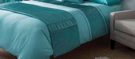 Heat Seal Duck Egg Bed Runner