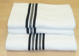Cable Black and White Bath Towel